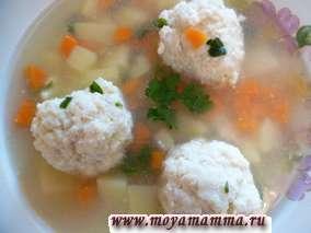 суп с фрикадельками из рыбы трески