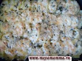 Готовую запеканку можно посыпать сыром и подержать в духовке в течение 5 минут до расплавления и небольшого зарумянивания сыра.