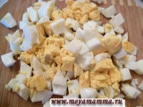 Вареное яйцо для салата