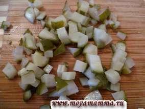 Соленый огурец для салата