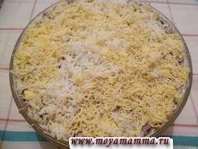 слоеный салат с печенью и грибами