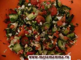 Салат из помидоров и киви