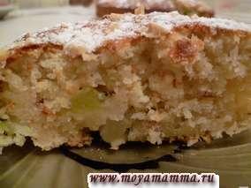 Пирог с кокосовой стружкой и киви