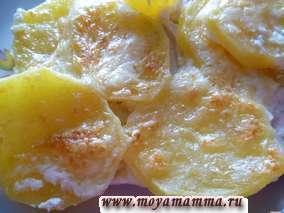 Картофель с курицей под сыром в духовке