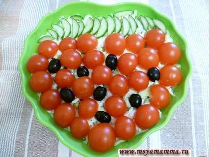 украшение салатов Ягодка