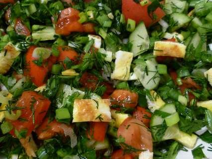 Рецепты салатов с омлетом. салат из овощей с омлетом