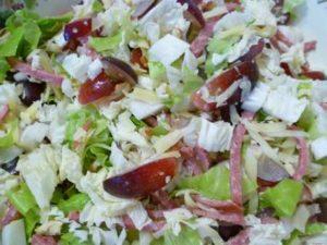 Рецепты салатов с виноградом