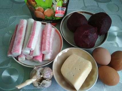 крабовый салат со свеклой - ингредиенты