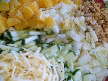 Ингредиенты для салата с пекинской капустой и апельсинами