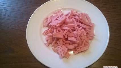 вареная колбаса для салата