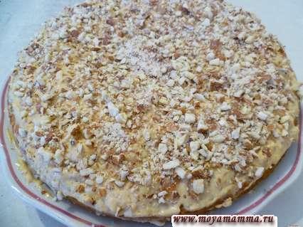 Пирог из рисовой муки обсыпанный молотым миндалем