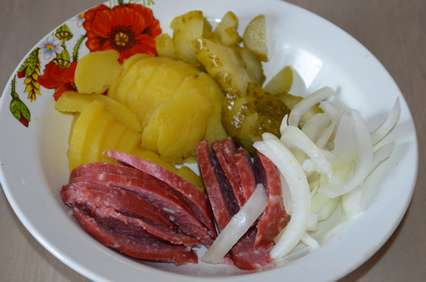 Ингредиенты немецкого картофельного салата