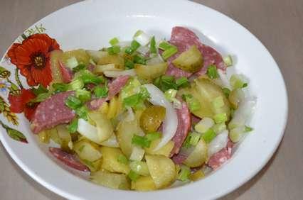 Заправить картофельный салат