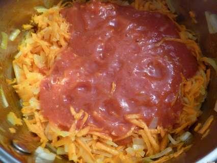тертые помидоры с морковью и луком