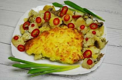 запеченная камбала с картофелем под сыром