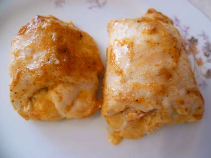 Куриные рулетики с помидорами и сыром