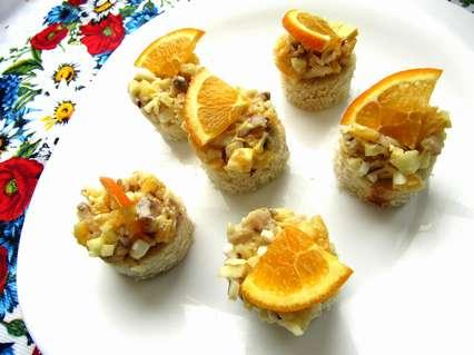 рецепт закуски с селедкой с фруктами и яйцом