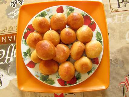 жареные пончики с яблоком