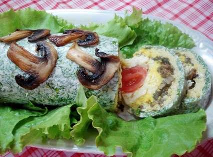 Праздничный салат-рулет