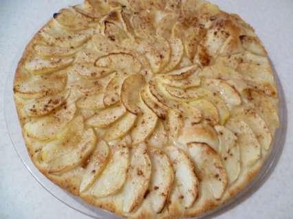 яблочный пирог испеченный