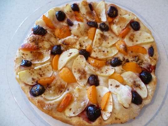 Простые рецепты выпечки на каждый день. Испеченный фруктовый пирог