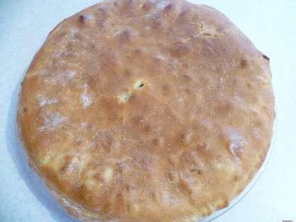 Тонкие дрожжевые пироги. Пирог, смазанный сливочным маслом