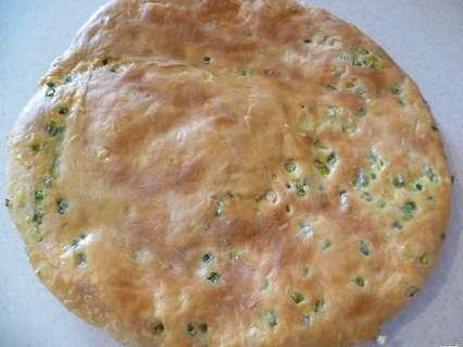 лепешка с сыром и зеленым луком