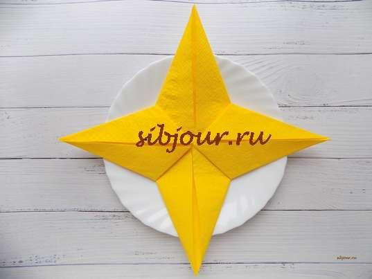 звезда из салфетки